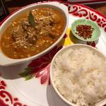 ラモンの食堂 - 料理写真:マッサマンカレー。旨い!