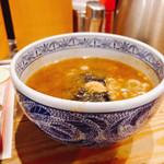 三田製麺所 - 濃厚豚骨魚介系スープ