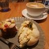 クイント - 料理写真:パンプディング、たまごサンド、カフェラテ