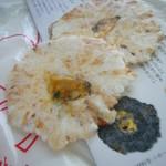 菓子蔵 せき - 料理写真:あさりせんべい