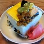 そば吉 - 料理写真:押し寿司