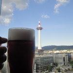 9634577 - 京都タワーと乾杯!