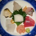 旬膳 八起 - 料理写真:甘エビ、剣先イカ、蒸しアワビ、平目とエンガワ、縞あじ、マグロ