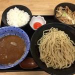 おとど食堂 葛西店はなれ - 肉玉野菜つけ麺(950円)