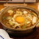 山本屋本店 - 牡蠣・コーチン入り味噌煮込うどん:メニューの写真とだいぶ違う(汗)