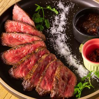 人気のあか牛を良心価格で!食材、調味料にもこだわっています