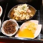 なお吉 - ポテサラとお漬け物、釘煮