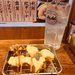 串かつ でんがな - 季節の五本串セット 612円 レモンサワー  362円