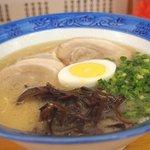 久留米ラーメン丸八 - 料理写真:ラーメン600円(ねぎたっぷり)