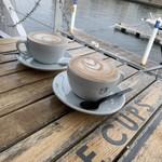 ザ カップス ハーバー カフェ -