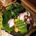 Gun - 焼き野菜と包み野菜(厳選羊肉・北海道産羊肉にセットされています)