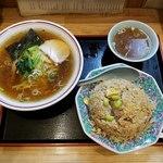 中華料理タカノ - 上空からラーメン&チャーハン