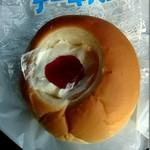 池田屋菓子舗 - 料理写真:ケーキパン 120円