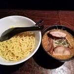 ねじ式 - 味玉つけ麺全景