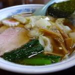 海 - ワンタン麺800円