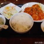 鳳山 - 芝エビのチリソース煮定食