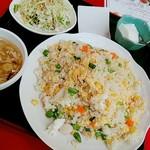 96404013 - 海鮮五目チャーハン スープ、サラダ、デザートつき