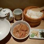 博多 ぶり茶屋本舗 - ブリ茶漬け(胡麻)セット♪