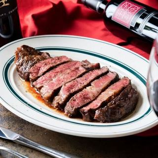こだわりの熟成肉塊ステーキを!