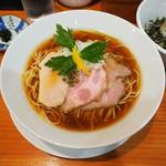 麺LABOひろ - 鶏そば(醤油)900円