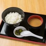 めん処マサムネ屋 - ライス+みそ汁+漬け物