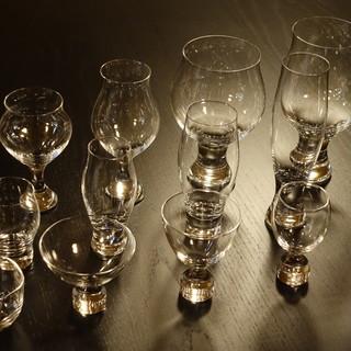 グラスによるお酒の味わいの変化を楽しむ