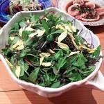 炊き餃子・手羽先 オクムラ - 地場野菜サラダ