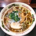 そば処 更科 - 蕎麦屋の中華そば(650)