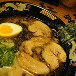 黒龍紅 - チャーシュー麺