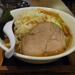 らぁ麺 汁八番 - 野菜入り醤油らぁ麺(大盛)780円