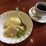 スカッサカッツィ - デザートとコーヒー