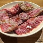 立ち食い焼肉 と文字 - 仙台牛 本日の五点盛