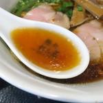 麺処れん屋 - スープ