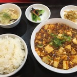 純華楼 - 麻婆豆腐ランチ