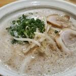 鷹多花 - 料理写真:あっさり豚骨ラーメン