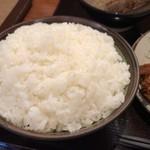 とんかつ 三太 - ロースカツ定食(ご飯大盛り)