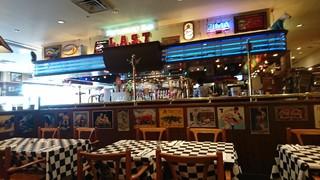 ラスト・カリフォルニアレストラン 横浜ワールドポーターズ店 - 店内