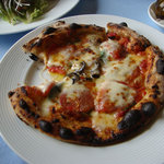 夢追い人の郷 - 料理写真:焦げたピザ