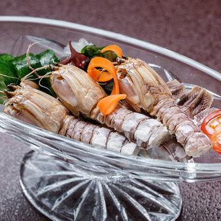 岡山の食材を使用したご当地料理もございます。