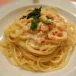 ピッツェリア・サバティーニ - スモークサーモンとカニのクリームソーススパゲッティーニ