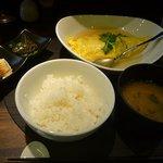 七海(ななうみ) - 惣菜盛り、味噌汁、御飯(御替り自由)、メイン