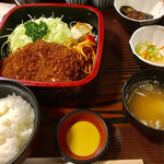 とんかつ 番番 - 料理写真:ロースカツ丼