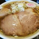 二代目高橋商店 - 料理写真:中華そば 730円 + 煮玉子 100円