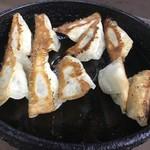 いづみ - 料理写真:焼ぎょうざ