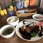 中華バルSAISAI。 - SAI SAIランチセット       黒酢の酢豚マスカット添え、スープ、ごはん       スープごはんはお代わり一杯無料。