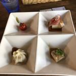 中華バルSAISAI。 - ランチセットの前菜4種盛り       ハマチのカルパッチョ以外は前回と同じ。