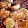 黄昏パラダイス - 料理写真:「にんにく全開牛ホルモン」・「炎のリボン丸腸」