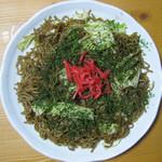 麺工房秋田 - 昔ながらのソース焼きそば、2度ふかし麺を使用してます。お持ち帰りもできます。