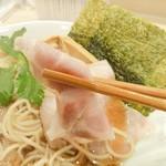麦と麺助 - イベリコ豚バラ叉焼