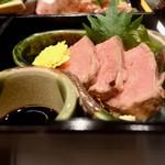 岡喜本店 - 松花堂弁当の近江牛ローストビーフ